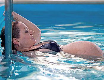977341_schwimmen-schwangerschaft
