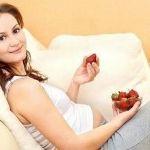 Как следует питаться беременной женщине