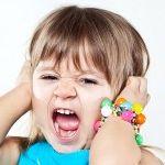 Детская истерия: причины появления и способы устранения