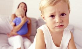 come-aiutare-un-bambino-a-non-essere-geloso-degli-altri_0c9d80cebd0a100f7a6de2b4293193ec-280x168